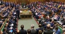 """Son dakika: Hükümet istedi, Kraliçe onayladı: İngiltere'de Parlamento askıya alınacak, muhalefet """"Britanya usulü darbe"""" diyor"""