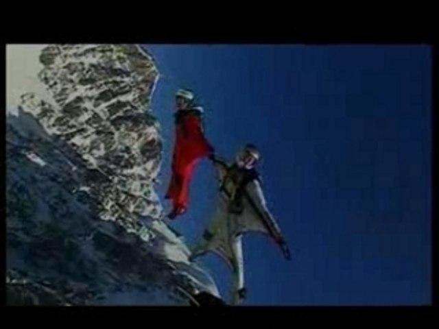 BASE JUMPING - PARAGLIDING