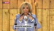 """Brigitte Macron remercie les Brésiliens qui l'ont soutenue après les insultes du président Jair Bolsonaro à son encontre: """"Muito obrigada!"""""""