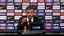 Luis Enrique sees the funny side of a journalist asleep in the press conference