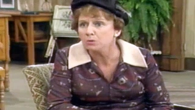 All In The Family Season 5 Episode 3 Edith The Job Hunter