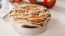This Giant Caramel Apple Cinnamon Roll Is The Perfect Fall Baking Project