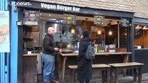Lewis Hamilton lance son burger vegan