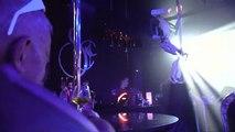 Sexy Roboter im Nachtclub