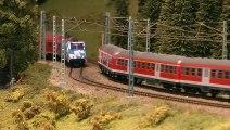 Maquettisme et Modélisme Ferroviaire: Trains Miniatures avec Pantographes et Caténaire - Une vidéo de Pilentum Télévision - Modélisme ferroviaire, trains miniatures, maquettisme et chemin de fer