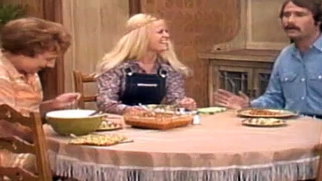 All In The Family Season 5 Episode 10 The Longest Kiss