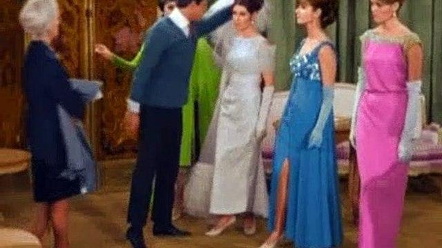 Betwitched Season 2 Episode 24 Samantha The Dressmaker