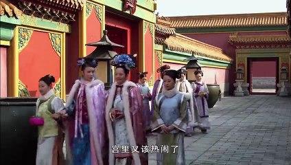 祺贵人刚从皇后宫里出来,就去讨好甄嬛。