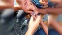 Parmakta sıkışan yüzüğü itfaiye çıkardı