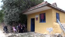 """Kardeşler köyünün kadınları fırını """"kardeşlik"""" için yakıyor"""