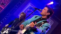 Baby Did A Bad Thing - Chris Isaak (live)