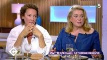 """Brigitte Macron moquée sur son physique par le président Brésilien, Catherine Deneuve prend sa défense : """"c'est au-delà de la grossièreté"""" - C à Vous (France 5) lundi 1er septembre 2019"""