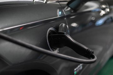 Electric, gas, hybrid: which car to choose?
