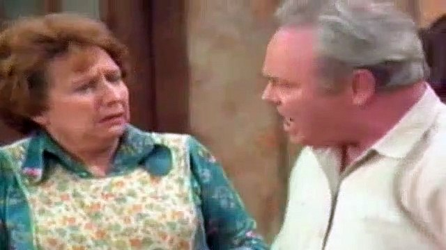 All In The Family Season 5 Episode 20 Everybody Does It