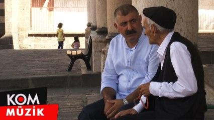 Seydîanê Boyaxcî û Farqîn - Kura Çayê [Official Video © Kom Müzik]