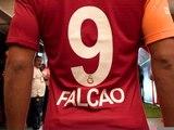 Turquie - L'accueil incroyable du public de Galatasaray pour Falcao !