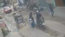 Un voleur à la tire se fait corriger par des passants !