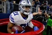 Ezekiel Elliott Pledges $100,000 to Salvation Army After Signing NFL Contract