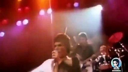 Michael Jackson vs Freddie Mercury - José Walker