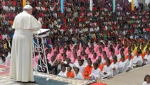 Pope Francis presses for the poor in Madagascar