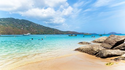 The US Virgin Islands Will Pay You to Visit in 2017!