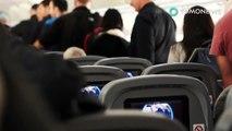 Un homme est resté debout pendant six heures dans un avion pour permettre à sa femme de dormir