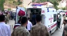 Son Dakika: Bitlis'te köy minibüsü şarampole devrildi: 8 ölü, 5 yaralı