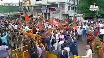 भाजपा कार्यकर्ताओं ने पुलिस-प्रशासन को दिखाया बैट, ड्यूटी पर तैनात एएसआई गश खाकर गिरे