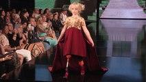 Amputée des deux jambes, cette fillette de 9 ans est devenue mannequin