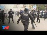 Incidentes entre policías y manifestantes sobre Av. 9 de Julio