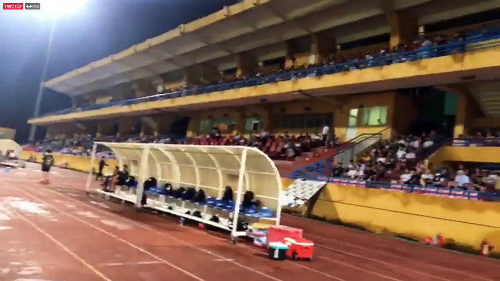 Trực tiếp | Hà Nội khởi động trong bầu không khí sôi động trước trận đấu bù Vòng 22 với DNH Nam Định