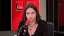 """Béatrice Dalle : """"C'est un combat respectable, que tout le monde ait accès aux grands auteurs"""""""