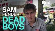 """Le chanteur Sam Fender raconte l'histoire derrière sa chanson """"Dead boys"""""""