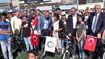 Adalet Bakanı Gül'den Diyarbakır'a eylem yapan annelere destek