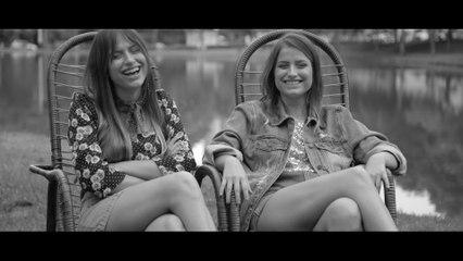 Julia & Rafaela - Dois Pra Lá E Eu Pra Cá - Despertar - A Série