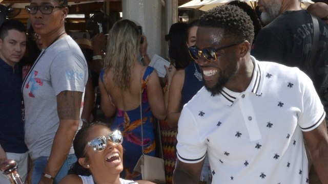 Kevin Hart To Undergo Physical Therapy After Car Crash