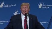 """""""C'est l'éclairage!"""": Donald Trump explique pourquoi, selon lui, il a le teint orange"""