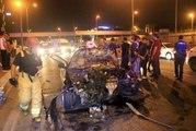 Önce bariyerlere sonra başka bir otomobile çarptı: 5 yaralı