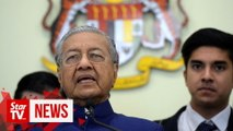 Dr M: Only give govt contracts, APs to those who qualify