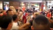Hong kong'da protestocular ile çin yanlıları birbirine girdi