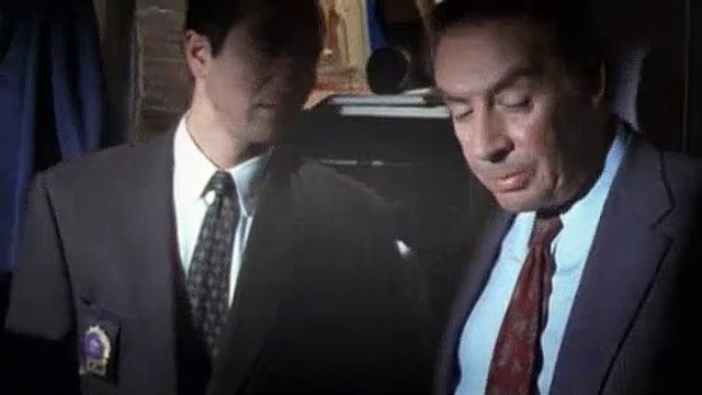 Law & Order Season 7 Episode 18 Mad Dog