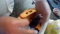 Inspection des biscuits dans une prison brésilienne