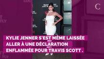 """Kylie Jenner, """"maman incroyable"""", fait des confidences sur sa vie sexuelle avec Travis Scott"""