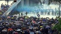 Violência em Hong Kong com gás e coquetéis molotov