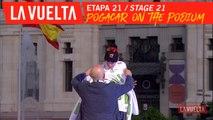 Pogacar sur le podium / Pogacar on the podium - Étape 21 / Stage 21 | La Vuelta 19