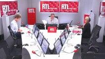 """Hollande conseille de """"se méfier de ceux qui se disent ni de gauche, ni de droite"""""""