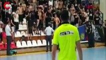 Yunanistan'daki maçta bayrak krizi yaşandı! Kadın sporculara tükürüldü