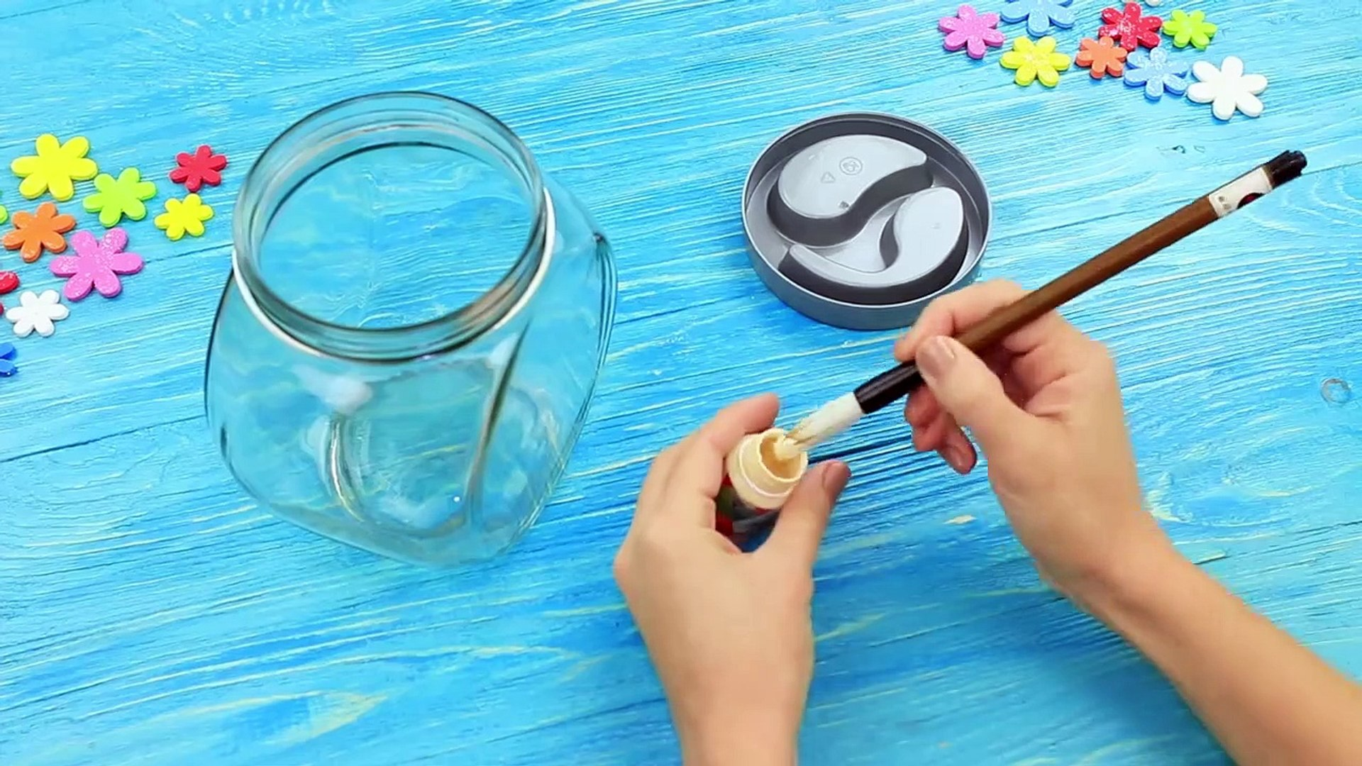 9 DIY Weird Makeup Ideas Miniature And Giant Makeup (2) (2)