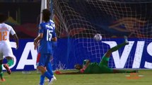 Football |  Éléphants : Serey Dié prend sa retraite internationale