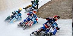 """El nuevo deporte extremo de moda para """"lunáticos"""": Motociclismo sobre hielo"""